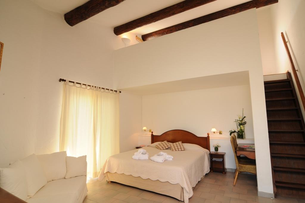 Chambre Mezzanine en Camargue hotel de Luxe 5 étoiles Saintes Maries
