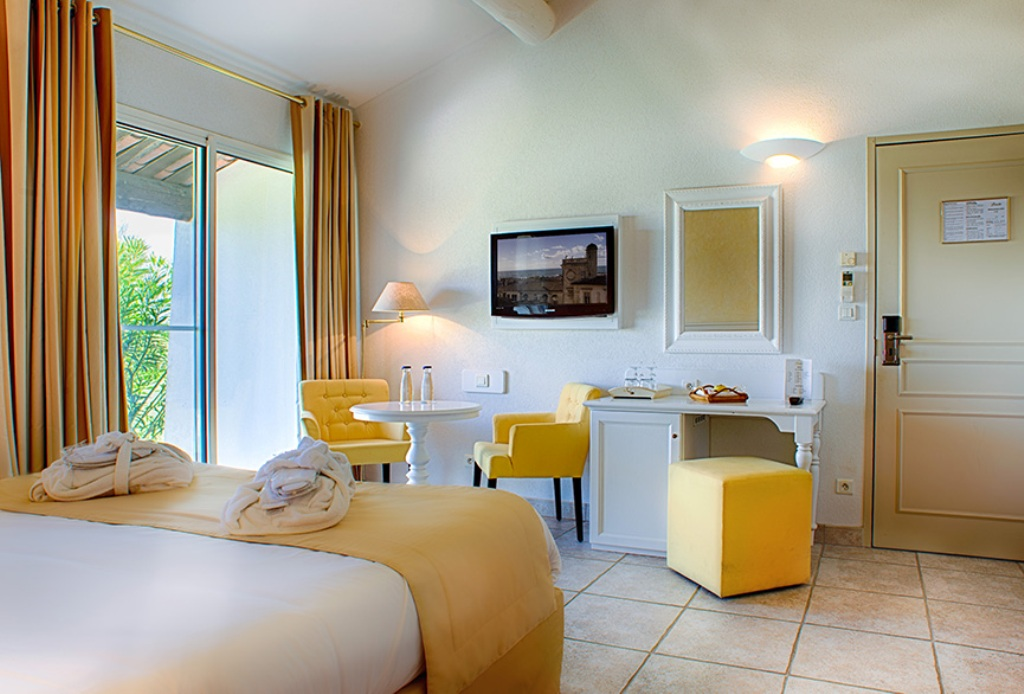 hotel de luxe 5 toiles en camargue aux saintes maries