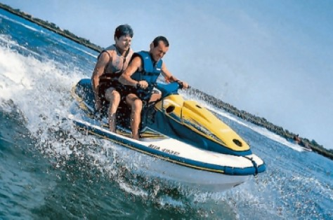Jet ski at Grau du Roi