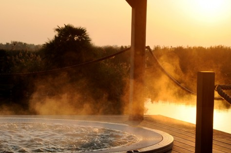 Preserve yourself some relaxing moments in the panoramic-hot tube